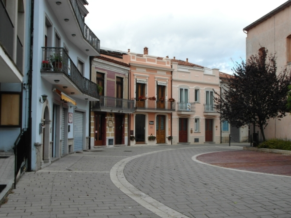 00-Piazza-Madre-Teresa-1-in-Trecchina
