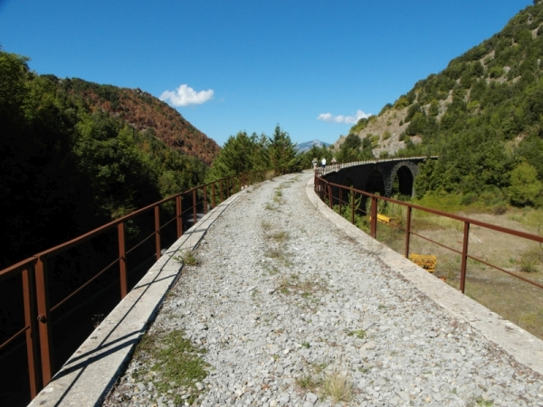 21-vanaf-station-Lauria-spoorbrug-naar-tunnel