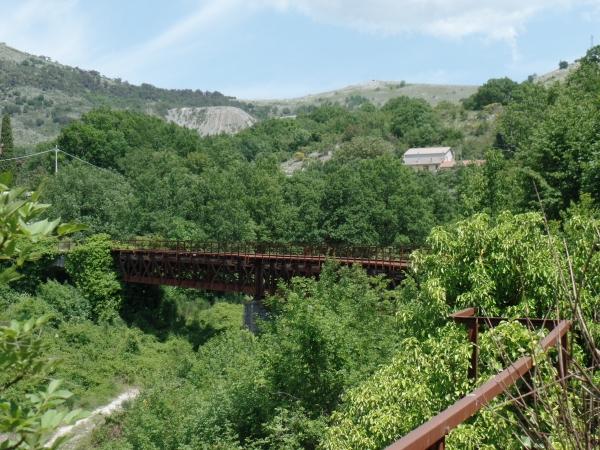 spoorbrug 600