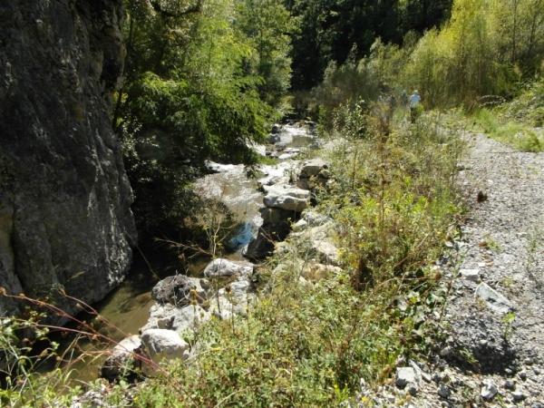 29-van-Lauria-naar-Trecchina-langs-stroompje